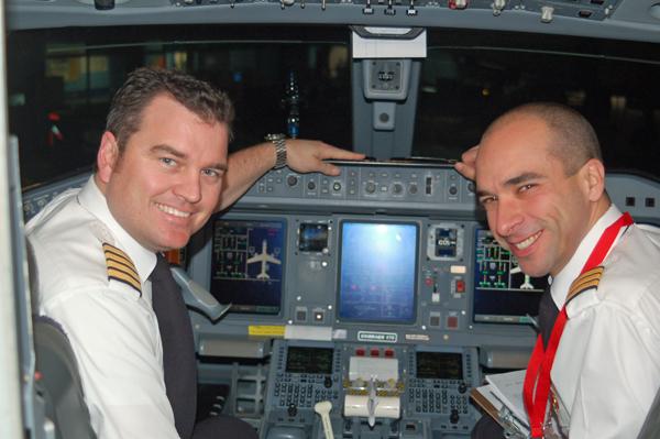 how to become an aircanda pilot